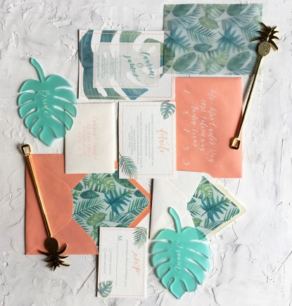 tropical-flat-lay